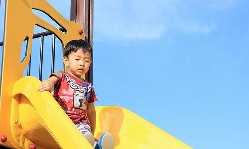 福岡県糸島市のロング・ローラーすべり台がある公園2選